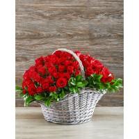 101 красная роза (Россия) в корзине