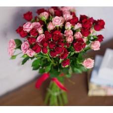Букет из 15 кустовых роз Микс-3