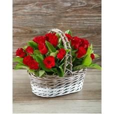 25 роз (Россия) в корзине